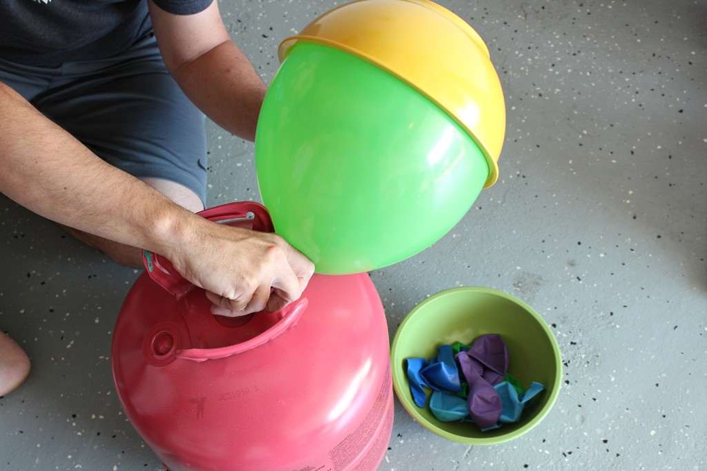 Equally Inflate Balloons Using a Bowl As a Guide