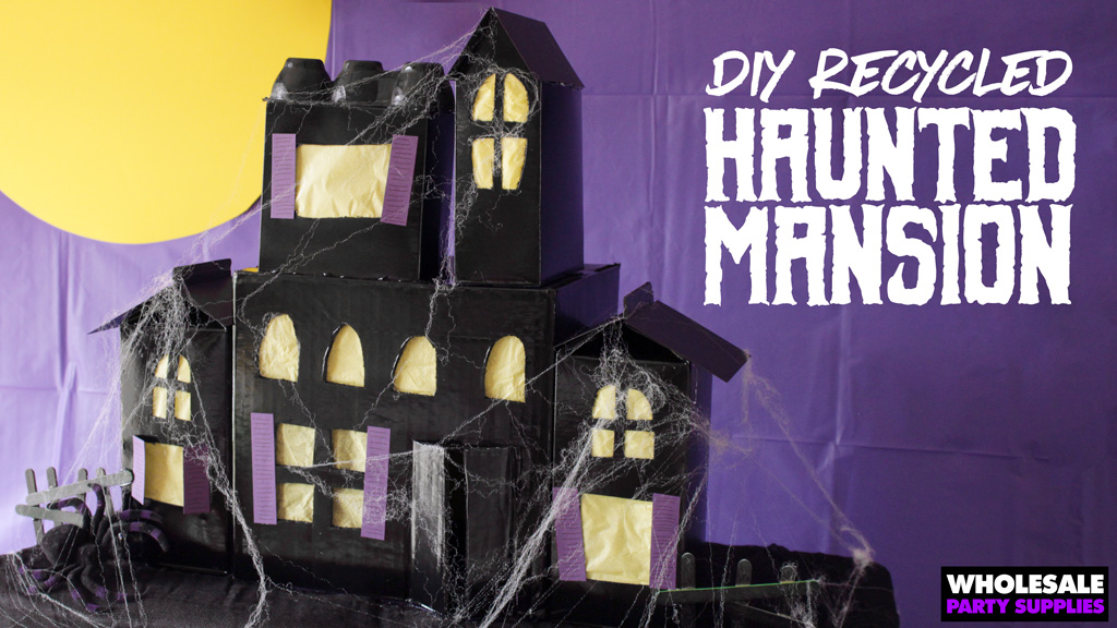 DIY Haunted Halloween Mansion Centerpiece