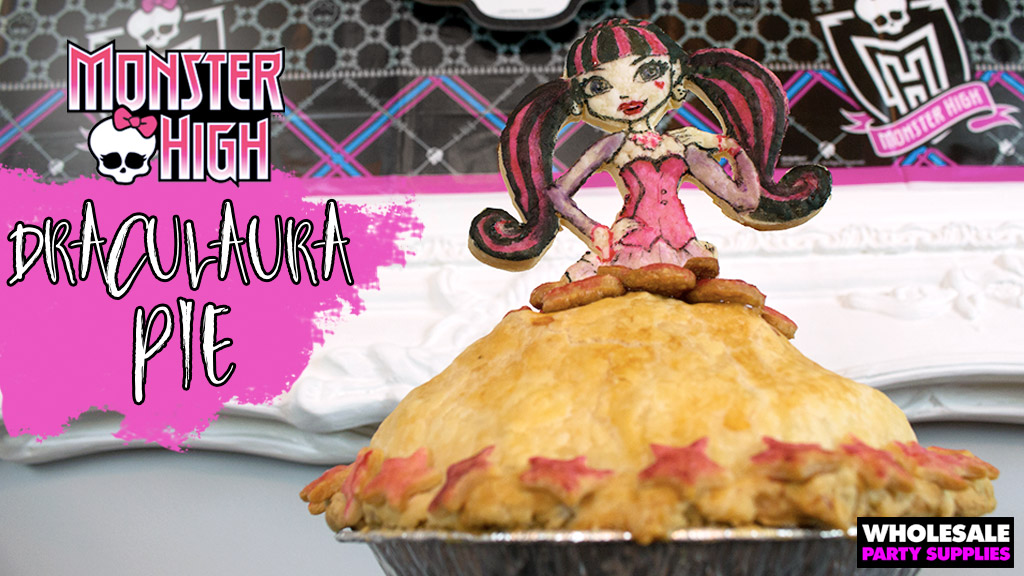 Monster High Draculaura Deep Dish Dress Pie